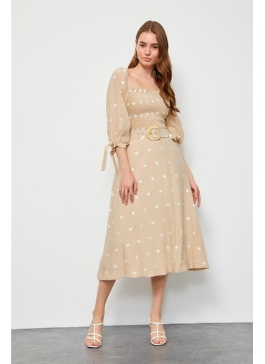 Setre Ekru-Bej Kemerli Puantiyeli Midi Elbise Bej